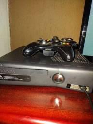 Título do anúncio: Xbox com fifa 19, gta 5 LEIA A DESCRIÇÃO troco em PC gamer (Só a CPU gamer)