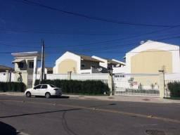 Casa com 3 dormitórios à venda, 106 m² por R$ 530.000,00 - Vila União - Fortaleza/CE