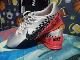 Chuteira Nike original,tamanho 44