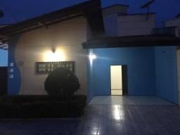Casa de condomínio// 3 quartos// Aririzal