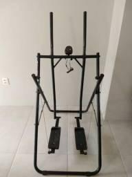 Simulador de caminhada (aparelho de ginástica)