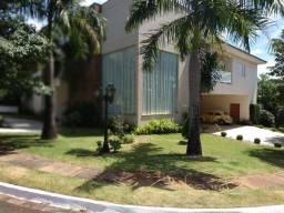 Casa sobrado em condomínio com 6 quartos no Condomínio Pitanguá - Bairro Fazenda Gleba Pal