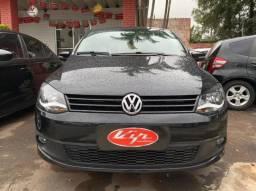 Volkswagen Fox 1.6 VHT Highline (Flex)