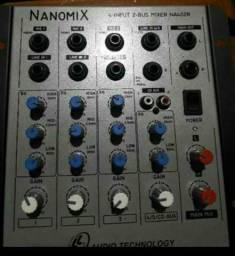 Mesa de Som LL Audio Nanomix