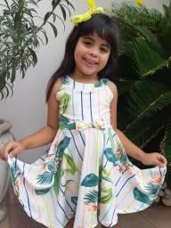 Lindos vestidos infantis vestem 3 a 5 anos