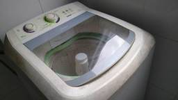 Máquina de lavar roupa 11kg com defeito