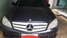 Vende-se Mercedes - 2010