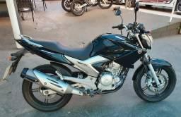 Yamaha / Fazer 250 / 2012 / Troco por carro volta á vista ! - 2012