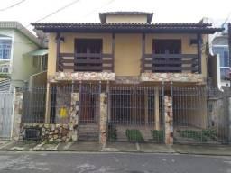 Casas para Locação no Centro, Macaé/RJ, 5 Quartos, Garagem e Quintal Amplo