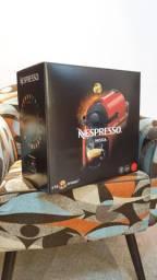 Cafeteira Nespresso Inissia (NOVA)