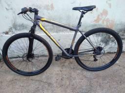 Bicicleta,com 3 meses de uso,nova!
