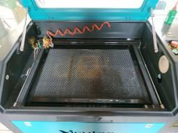 Máquina de corte a laser 60w