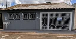 Casa Térrea em Frente ao Colégio Militar / Financia / Ouve Proposta