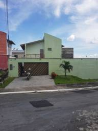 Financia ampla casa c/ Piscina e amplo quintal no Shangrilá/ Parque 10/ 4 vagas