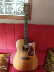 Vendo violão Cort