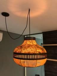 Pêndulo luminária