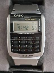 Relógio Cássio calculadora