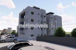 Título do anúncio: Apartamento à venda com 2 dormitórios cod:782743