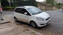 Fiat Ideia essence completo