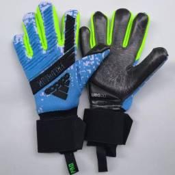 Luva Goleiro Adidas Predador Pro 2019