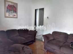 Título do anúncio: Casa à venda com 3 dormitórios em Glória, Belo horizonte cod:726045
