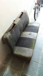 Assento e encosto traseiro do fusca antigo