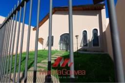 Título do anúncio: Casa com 5 quartos - Bairro Santa Cruz em Cuiabá