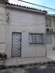 Casa a Aristides Lobo próximo Av. Assis e Vasconcelos
