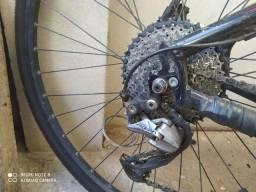 Bike urbana aro 700 freio hidráulico