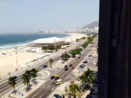 Título do anúncio: Maravilhoso Apartamento ,  4 quartos 2 suítes Avenida Atlântica em Copacabana.