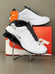 Tênis Masculino Nike Shox 4 Molas - Branco e Cinza!