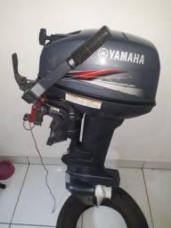 Vendo motor de popa Yamaha 15 ano 2011.