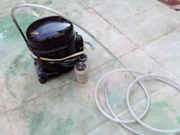 Compressor de ar ótima para pintura e encher pneu