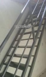 Serralheiro soldador Telhado Galvanizado Estrutura