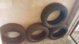 Título do anúncio: Jogo de pneus 195/55/15 Pirelli - Venda