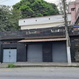 Casa no bairro Retiro com loja no térreo