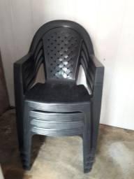 Vendo estas 4 cadeira