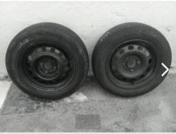 1 Roda ford + 1 roda Hyundai
