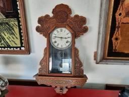 Relógio Antigo de Badalo