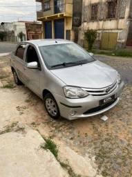 Etios sedan 1.5 x 2015 unico dono