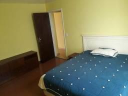 Aluga-se quartos com excelente localizaçao