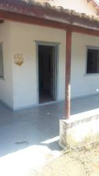 Alugo ótima casa na praia e Santana Clara são Francisco do Itabapoana