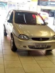 Corsa Sedan 2001 1.0 16v - 2001