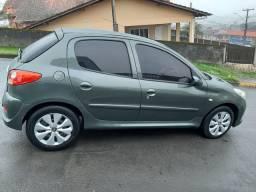 Peugeot 207 xr 1.4 2011 completo Repasse