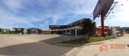 Prédio nas margens da BR 101, com lojas comerciais e aptos, na Várzea do Ranchinho