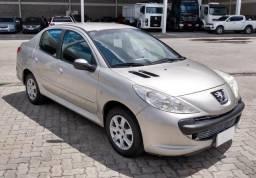 Peugeot 207 Passion 1.4 Xr ano 2011 veículo de repasse