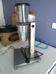 Batedor milk shake semi novo