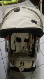 Carrinho de bebe com bebe conforto 350reas