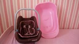 Bebê conforto Cosco e banheira