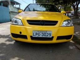 Vendo Astra sedã advantage - 2008